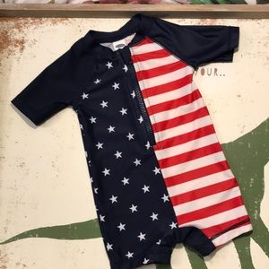Old Navy 1-pc boys bathing suit size 3-6m